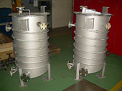 Spin finish tanks