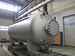 Pressure Vessel with 2 Agitators
